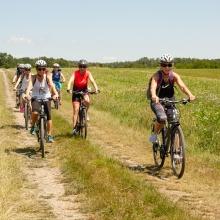 Kolesarski izlet turistične programske ponudbe Urada samouprave Železne županije skozi oči lokalnega profesionalnega kolesarskega vodnika: